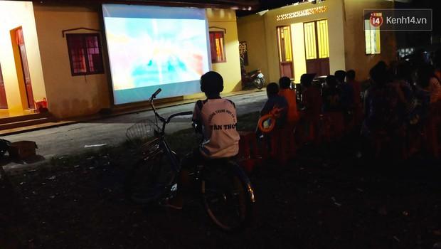 Rạp phim 300k ở miền Tây - Đưa ciné về miền quê cho tụi con nít nghèo - Ảnh 17.