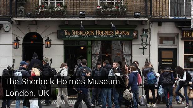 Nhà của Dracula, Sherlock Holmes hay đại gia Gatsby... có giá trị như thế nào ngoài đời thực - Ảnh 3.