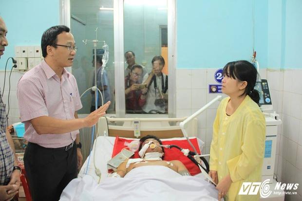Tai nạn thảm khốc 13 người chết ở Gia Lai: CSGT đã nhìn thấy xe tải lao như bay - Ảnh 1.