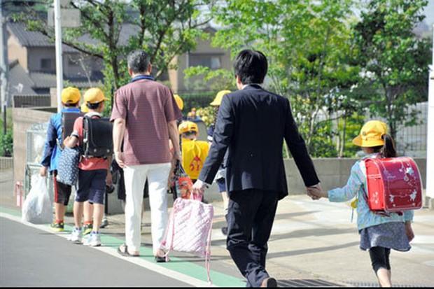 Phụ huynh ở Nhật mất kiên nhẫn với nghi phạm sát hại bé gái Việt - Ảnh 2.