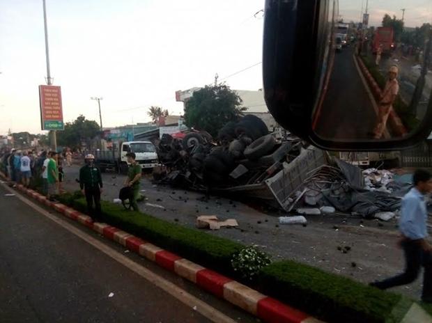 Những dấu hiệu bất thường từ chiếc xe tải gây tai nạn kinh hoàng ở Gia Lai - Ảnh 1.
