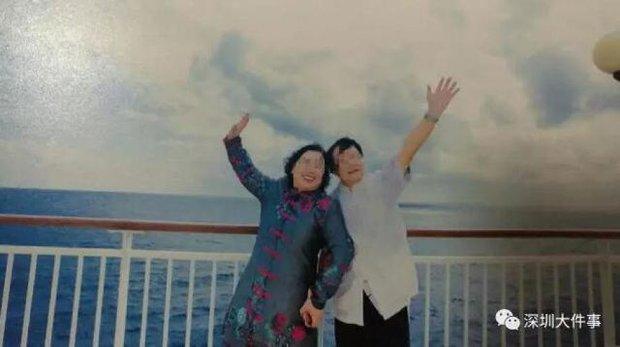 Đua theo giới trẻ đi du lịch kết hợp chụp ảnh cưới, cặp đôi già nhận về sản phẩm xấu phát hờn - Ảnh 1.