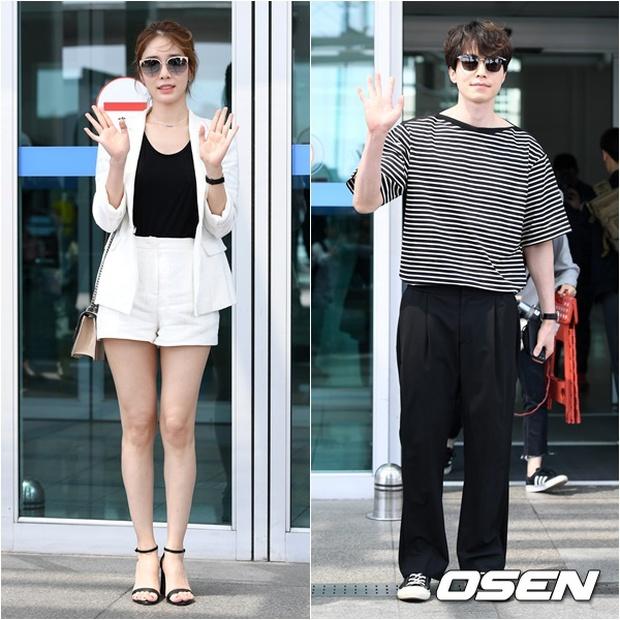 Có ai như Lee Dong Wook và Yoo In Na: Tình cờ gặp gỡ và biến sân bay thành sàn catwalk - Ảnh 1.