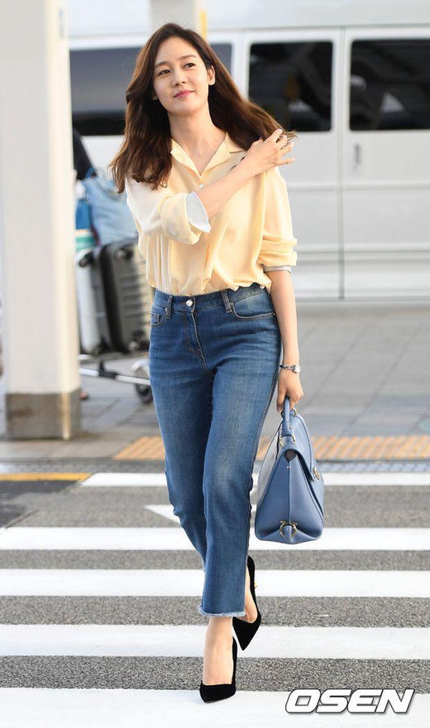 Nữ thần Kpop hai thế hệ đọ sắc: Sung Yuri U40 vẫn trẻ trung, Irene kém 10 tuổi cũng lép vế - Ảnh 2.