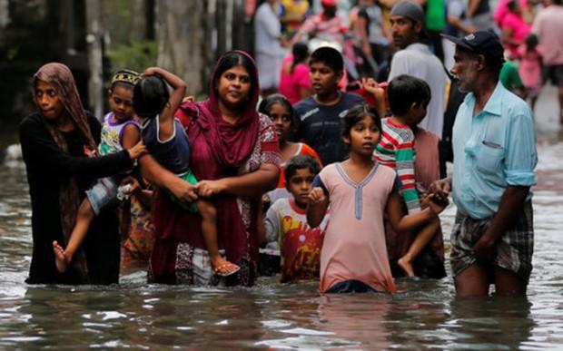 Thảm họa lũ lụt tại Sri Lanka: Số người chết lên tới 146 - Ảnh 1.