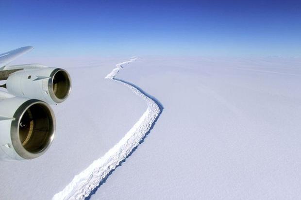 Thế giới sẽ có tảng băng trôi lớn nhất? - Ảnh 1.