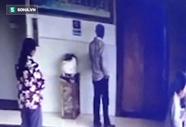 Vội vã vào thang máy, người phụ nữ rơi tự do từ tầng 7 xuống đất tử vong - Ảnh 1.