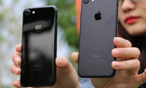 iPhone 7 lock rớt giá thê thảm tại Việt Nam, siêu phẩm Apple chưa bao giờ dễ mua đến thế - Ảnh 1.