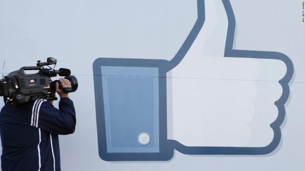 Suýt chút nữa Facebook chẳng bao giờ có nút Like, câu chuyện này sẽ khiến bạn bất ngờ - Ảnh 1.