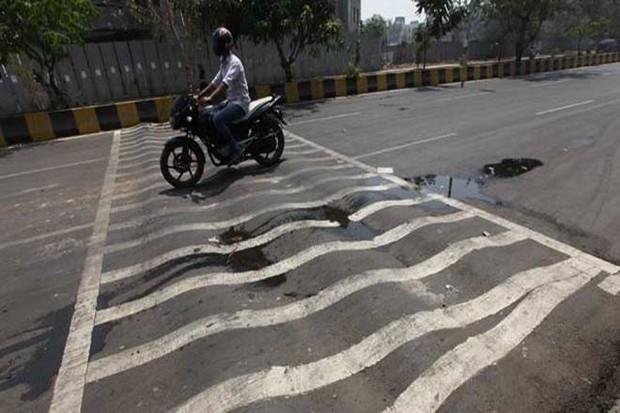 Gờ giảm tốc ở Ấn độ: Người cứu hộ hay kẻ sát nhân? - Ảnh 1.