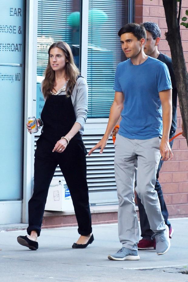 Những cặp đôi ngôi sao Hollywood - đại gia công nghệ đẹp như mơ, ai nói kiều nữ thì cứ phải đi cùng soái ca - Ảnh 8.