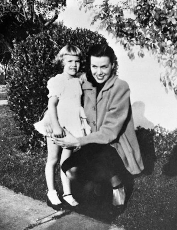 Sự mất tích bí ẩn của nữ minh tinh xinh đẹp Hollywood cùng lời nhắn 70 năm qua cảnh sát chưa thể giải mã - Ảnh 2.