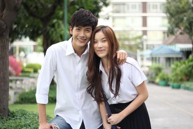 Điểm mặt 10 hot girl của Thái Lan không cần sexy vẫn thu hút mọi ánh nhìn - Ảnh 1.