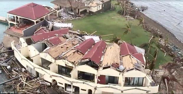 Sau bão Irma, nhiều đảo thiên đường ở Caribbean thành bình địa nhung nhúc chuột bọ - Ảnh 2.