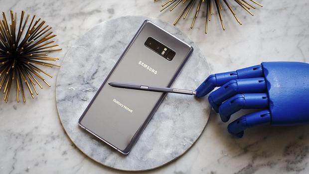 So găng Samsung Galaxy Note8 và iPhone 8 Plus: Cuộc chiến hấp dẫn của hai smartphone màn hình lớn đáng mua nhất hiện nay - Ảnh 7.
