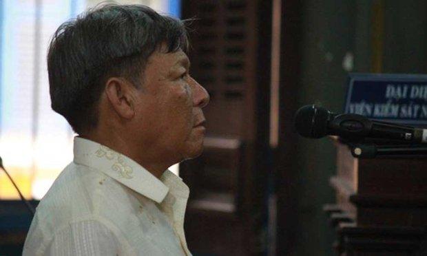 Trốn nã 20 năm, bị bắt vì được tuyên dương trên tivi - Ảnh 1.