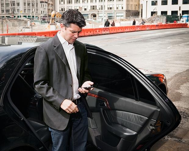 Săm soi smartphone của các ông lớn công nghệ thế giới - Ảnh 5.