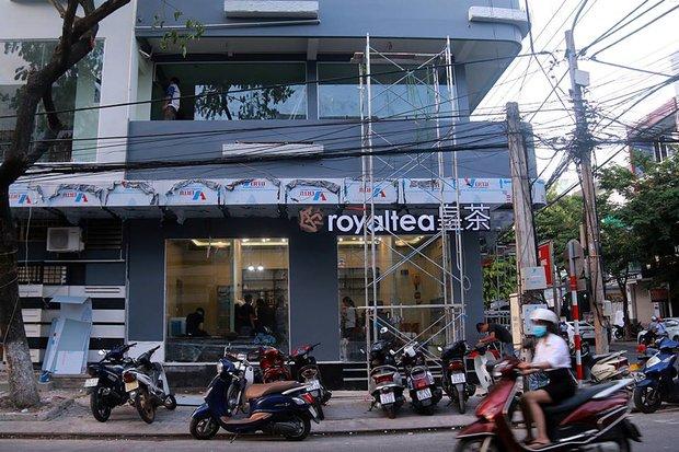 Cửa hàng trà sữa Royaltea Đài Loan đầu tiên được nhượng quyền chính thức ở Việt Nam là tại Đà Nẵng - Ảnh 2.