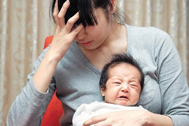 Hi sinh vì chồng vì con: Tư tưởng khiến nhiều phụ nữ Trung Quốc rơi vào hố sâu của trầm cảm sau sinh - Ảnh 1.