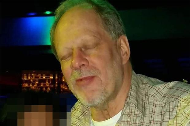 Chân dung nghi phạm 64 tuổi trong vụ xả súng đẫm máu tại Las Vegas - Ảnh 2.