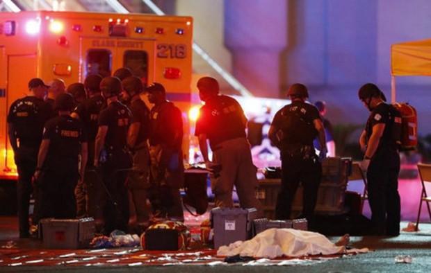 FBI khẳng định kẻ xả súng ở Las Vegas không liên quan khủng bố IS - Ảnh 1.
