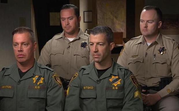 Cảnh sát đặc nhiệm Mỹ đã chạy chân đất, ập vào phòng hung thủ xả súng ở Las Vegas thế nào? - Ảnh 1.