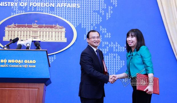 Điều chưa biết về nữ phát ngôn viên Bộ Ngoại giao - Ảnh 2.