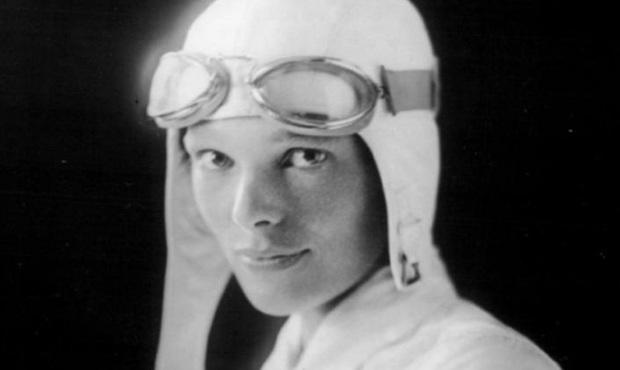 Vụ mất tích bí ẩn chấn động thế giới: Phi công huyền thoại Amelia Earhart mãi nằm xuống đáy Thái Bình Dương - Ảnh 1.