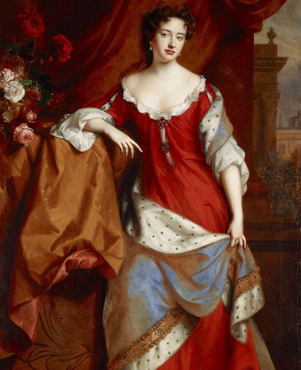 Nữ hoàng bi kịch nhất Vương quốc Anh: 17 lần mất con, bị người tình đồng tính nguyền rủa, chết vì bệnh béo phì - Ảnh 1.