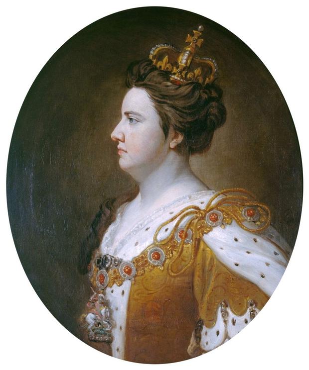 Nữ hoàng bi kịch nhất Vương quốc Anh: 17 lần mất con, bị người tình đồng tính nguyền rủa, chết vì bệnh béo phì - Ảnh 2.