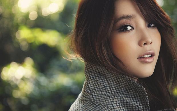 Kimchi woman: Cách dân Hàn Quốc gọi các cô nàng nghiện thẩm mỹ, mê hàng hiệu và đào mỏ đàn ông giàu có - Ảnh 2.