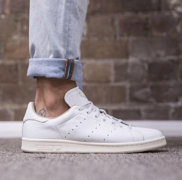 Top 6 mẫu sneakers tuyệt đẹp từ thời ông bà anh khiến tín đồ thời trang hoài cổ mê tít - Ảnh 6.