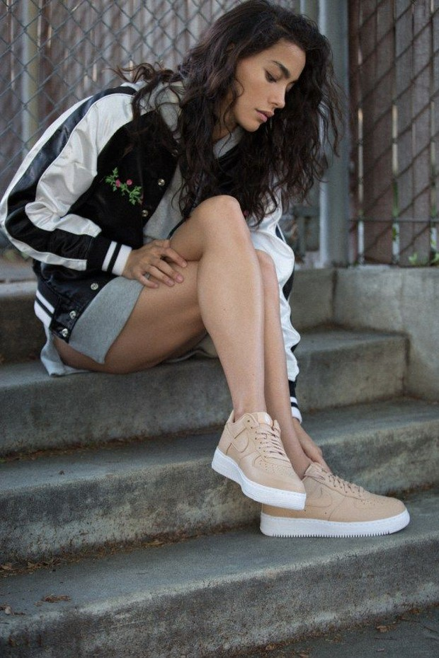 Top 6 mẫu sneakers tuyệt đẹp từ thời ông bà anh khiến tín đồ thời trang hoài cổ mê tít - Ảnh 23.