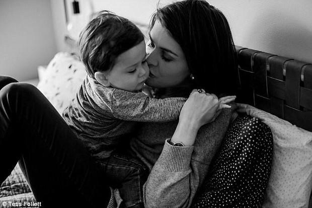 Bức thư mẹ sắp chết vì ung thư gửi con 18 tháng bị u não khiến ai đọc cũng khóc nghẹn - Ảnh 2.