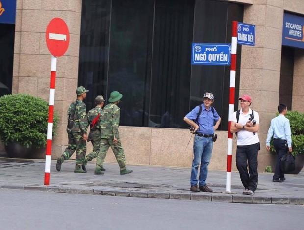 Tổng thống Mỹ Donald Trump đến Hà Nội, an ninh thắt chặt ở các tuyến phố trung tâm - Ảnh 5.