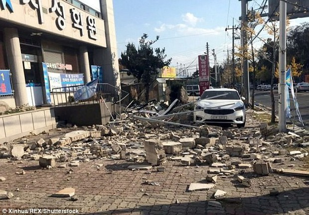 Khung cảnh đổ nát sau trận động đất mạnh 5,5 độ richter được đánh giá là mạnh thứ 2 trong lịch sử Hàn Quốc - Ảnh 2.