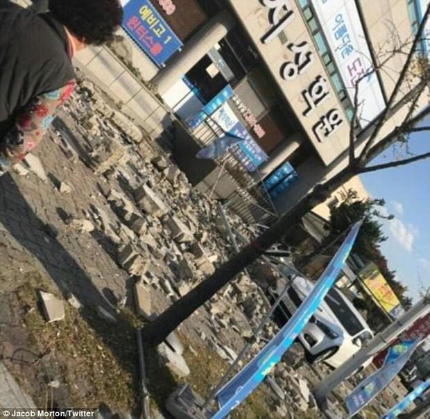 Khung cảnh đổ nát sau trận động đất mạnh 5,5 độ richter được đánh giá là mạnh thứ 2 trong lịch sử Hàn Quốc - Ảnh 6.