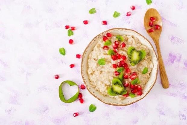 Chế độ ăn kiêng 8 giờ giúp thải độc cơ thể: Giảm cân hiệu quả mà không cần kiêng khem khắt khe - Ảnh 2.