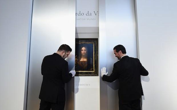 Bức tranh Đấng Cứu Thế của Leonardo da Vinci được bán với giá 450 triệu USD, trở thành tác phẩm đắt nhất mọi thời đại - Ảnh 2.