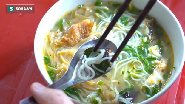 CNN tiết lộ bí mật của Hà Nội trong mắt những nghệ sĩ, nhà báo đang sống ở thủ đô - Ảnh 1.