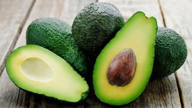 Thay vì ăn kiêng nghiêm ngặt, làm việc này kết hợp cùng những thực phẩm bạn ăn sẽ còn tốt hơn nhiều - Ảnh 1.