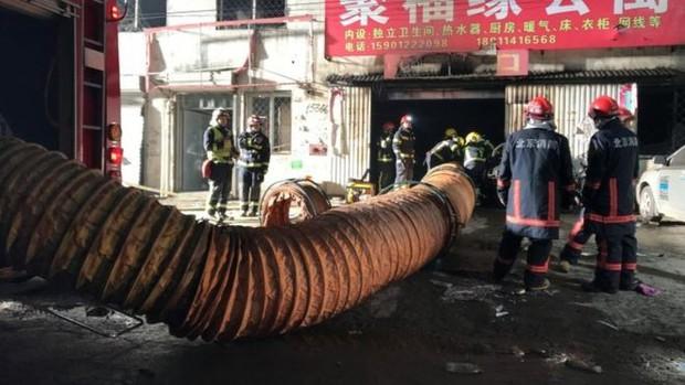 Cháy lớn ở Bắc Kinh, Trung Quốc khiến 19 người thiệt mạng - Ảnh 1.
