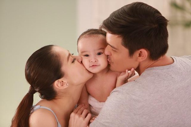 Chiêm ngưỡng vẻ đáng yêu của con gái mỹ nhân đẹp nhất Philippines - Ảnh 1.