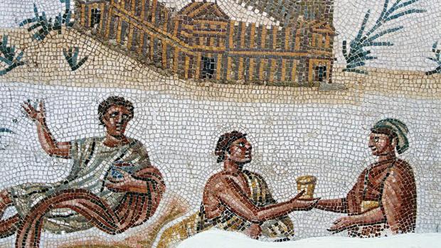 Không có kem đánh răng và bàn chải, người La Mã vẫn có hàm răng trắng đẹp chỉ vì chế độ ăn đáng học tập - Ảnh 1.