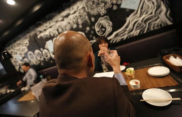 Cứu cánh cho người hói: Hàn Quốc đã tạo ra chất làm tóc mọc trở lại! - Ảnh 2.