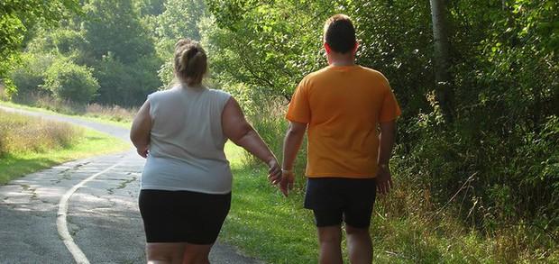 Yêu nhau gần 2 năm, chàng trai bỗng dưng không thể chấp nhận được thân hình quá khổ của bạn gái - Ảnh 2.