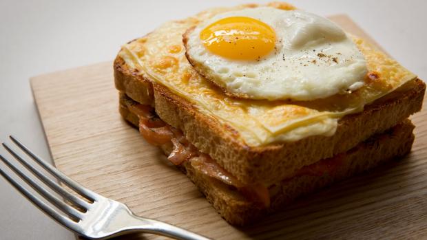 Báo chí nước ngoài ngợi khen bánh mì Việt Nam, xếp hạng trong top 10 món sandwich ngon nhất thế giới - Ảnh 3.