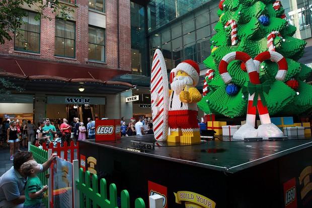 Khung cảnh đón Giáng sinh sớm ở nhiều nơi trên khắp thế giới: Lộng lẫy, nguy nga và ấm áp - Ảnh 12.