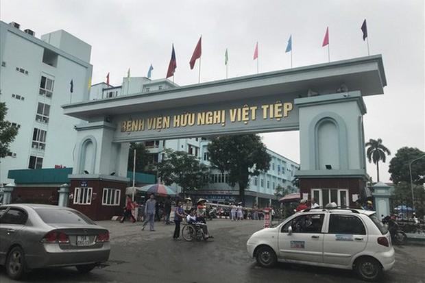 Bảo vệ bệnh viện Việt-Tiệp đánh người nhà bệnh nhân khâu 3 mũi - Ảnh 1.