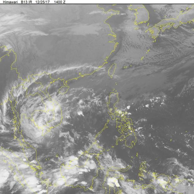 Bão Tembin tiếp tục suy yếu nhưng hoàn lưu bão vẫn gây mưa cho các tỉnh Nam Bộ, gió giật cấp 7 - Ảnh 2.